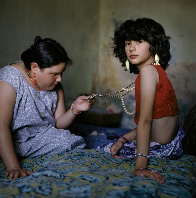 ARGENTINA. Buenos Aires. 1999. The Necklace. ©-Alessandra Sanguinetti/Magnum Photos