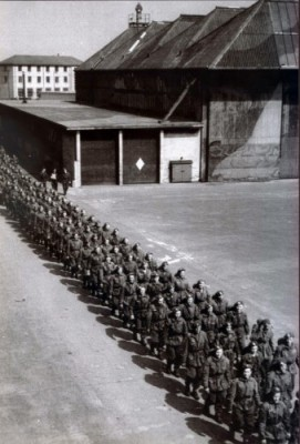 Soldiers at Ringway during WWII
