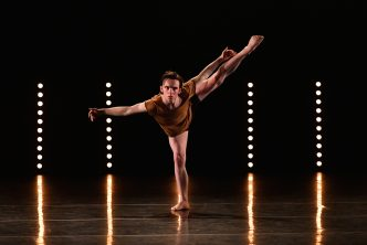 Matthew Rawcliffe in 'Axon'. The Lowry CAT at UDance 2016 Nationals. Photography Brian Slater