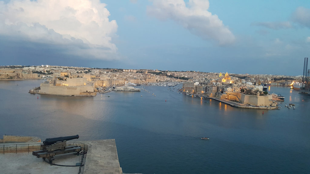 View of the 3 cities from Upper Barrakka Gardens