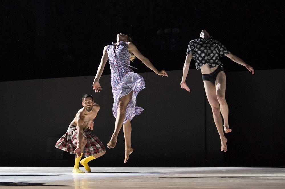 WORKS, Chorégraphie, lumières et costumes: Emanuel Gat
