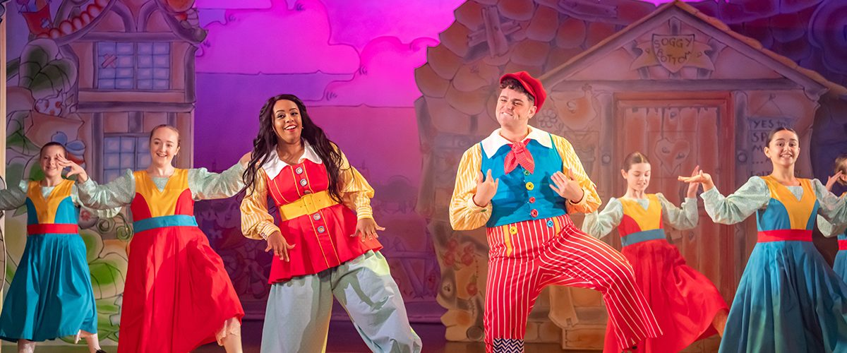 Shorelle Hepkin and Sam Glen in Jack and the Beanstalk pantomime at Oldham Coliseum Theatre. Credit Darren Robinson