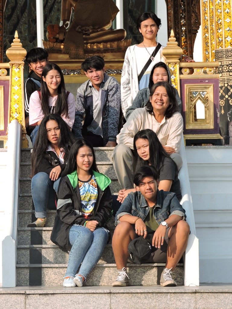 Moradokmai Theatre Community from Thailand: Temple Cast