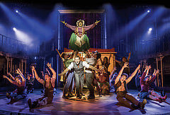 BARNUM - Brian Conley as 'PT Barnum' and company Credit Johan Persson
