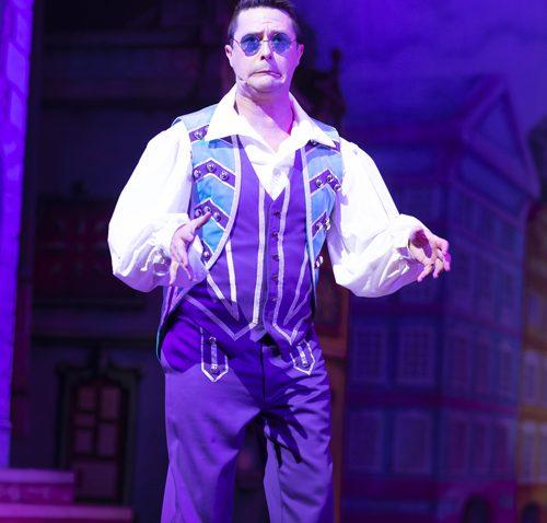 Ben Nickless as Buttons. Photo: Phil Tragen