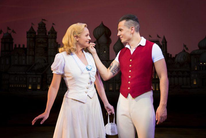 Helen Woolf as Glinda and Aaron Sidwell as Fiyero. Photo Credit Matt Crockett