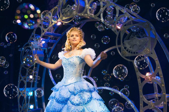 Helen Woolf as Glinda Credit Matt Crockett