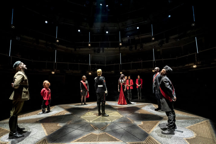 Cast of Macbeth. Royal Exchange Theatre Credit: Johan Persson