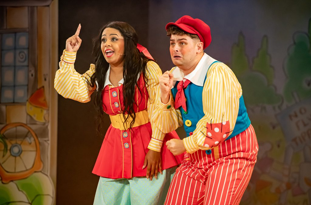 Shorelle Hepkin as Jill and Sam Glen as Jack in Jack and the Beanstalk 2019 pantomime at Oldham Coliseum Theatre. Credit Darren Robinson