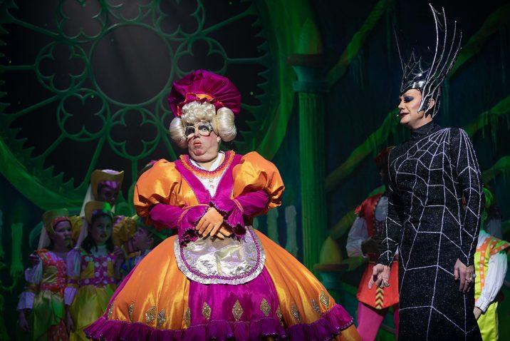 Snow White at Opera House, Manchester © Phil Tragen