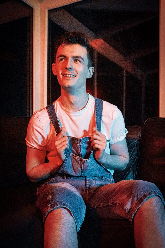 Alan Lewis as ERIC (c) Sean Longmore