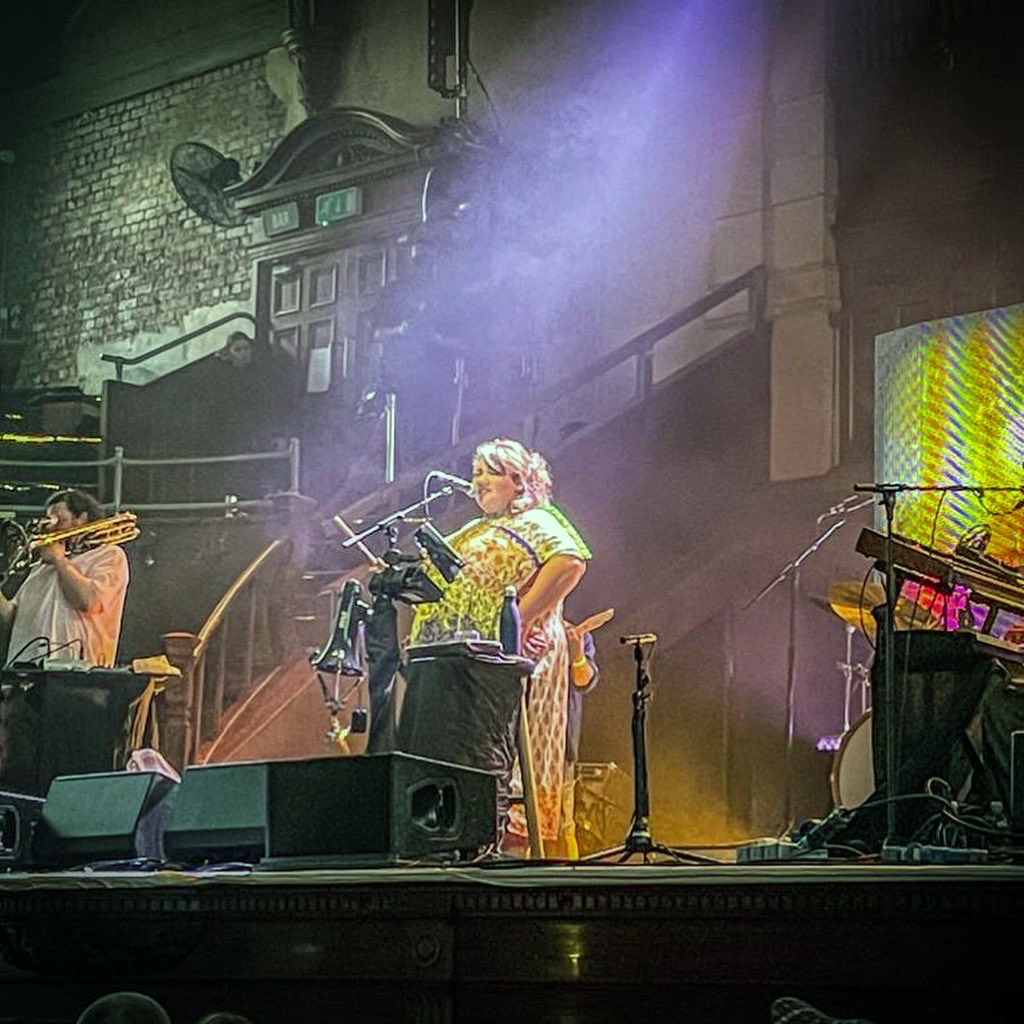 Honeyfeet singer Ríoghnach Connolly. Photo Credit Martin Bush